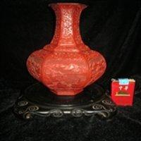 (加拍精品剔红)清代金属胎剔红六棱瓶