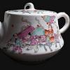 同治人物粉彩茶壶