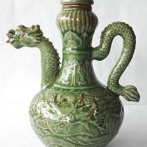 绿釉龙头执壶