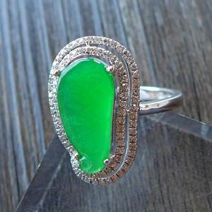 极品拍卖镶金翡翠老坑冰种阳绿18K金镶钻女士戒指