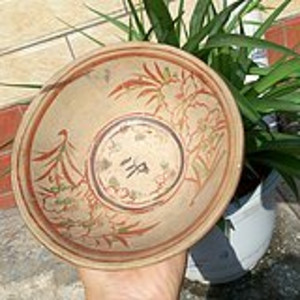 明代红绿彩茶碗