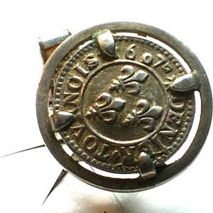 老银币做成的老银袖扣