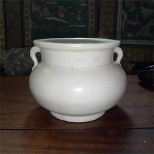 完美的明代德化窑白瓷香炉