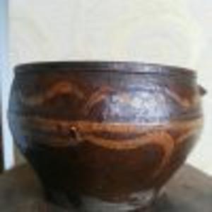 酱釉红陶罐