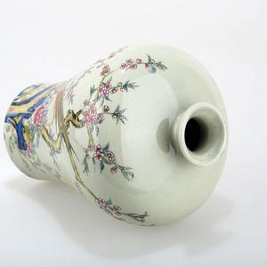 雍正年制瓷瓶