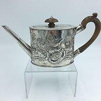 高年份的银壶1782年