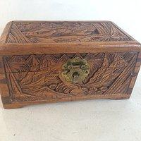 小樟木箱子