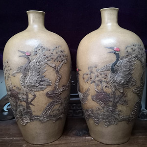 黄段泥紫砂贴塑雕塑松竹梅鹤纹胆式瓶