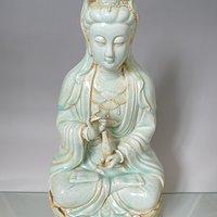宋代景德镇窑影青釉观音雕塑立像